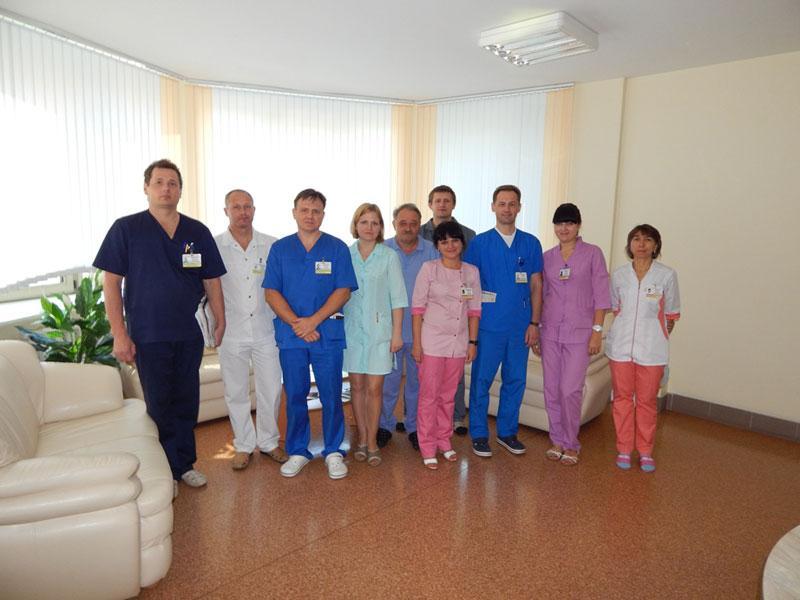 врачи МНПЦ хирургии, трансплантологии и гематологии